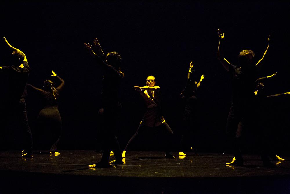 Cours de danse classique avanc par studio a studio de for Danse classique adulte